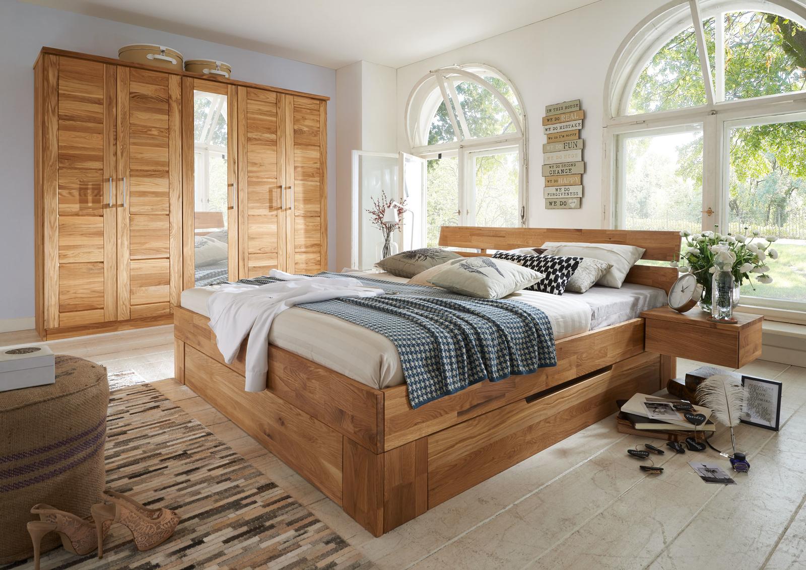 Doppelbett Schlafzimmer Wildeiche Massiv NECST von Lars Olesen ...