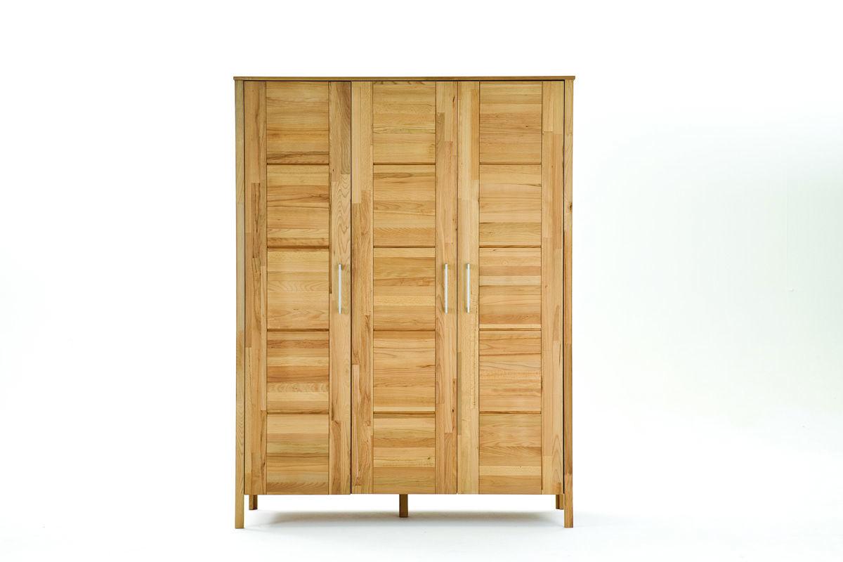 Kleiderschrank Modern Zen aus Massivholz mit Kassettentüren von Lars ...