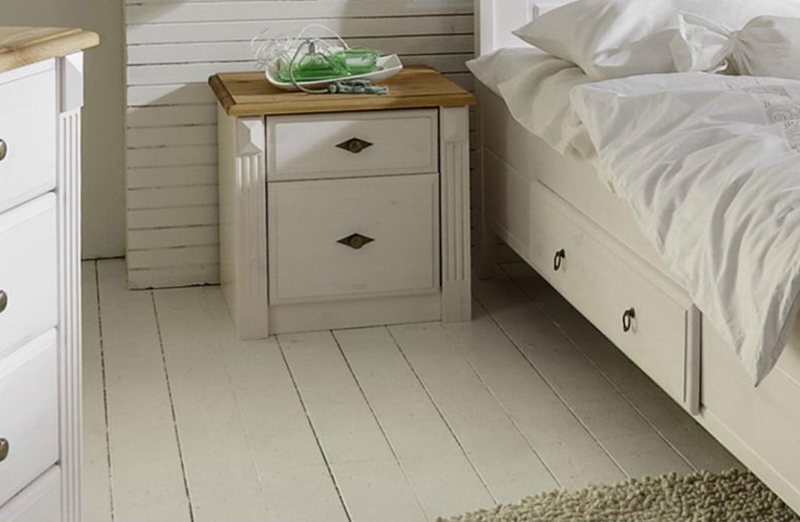 Schlafzimmer im Landhausstil Eva weiß gelaugt geölt, Bild 5