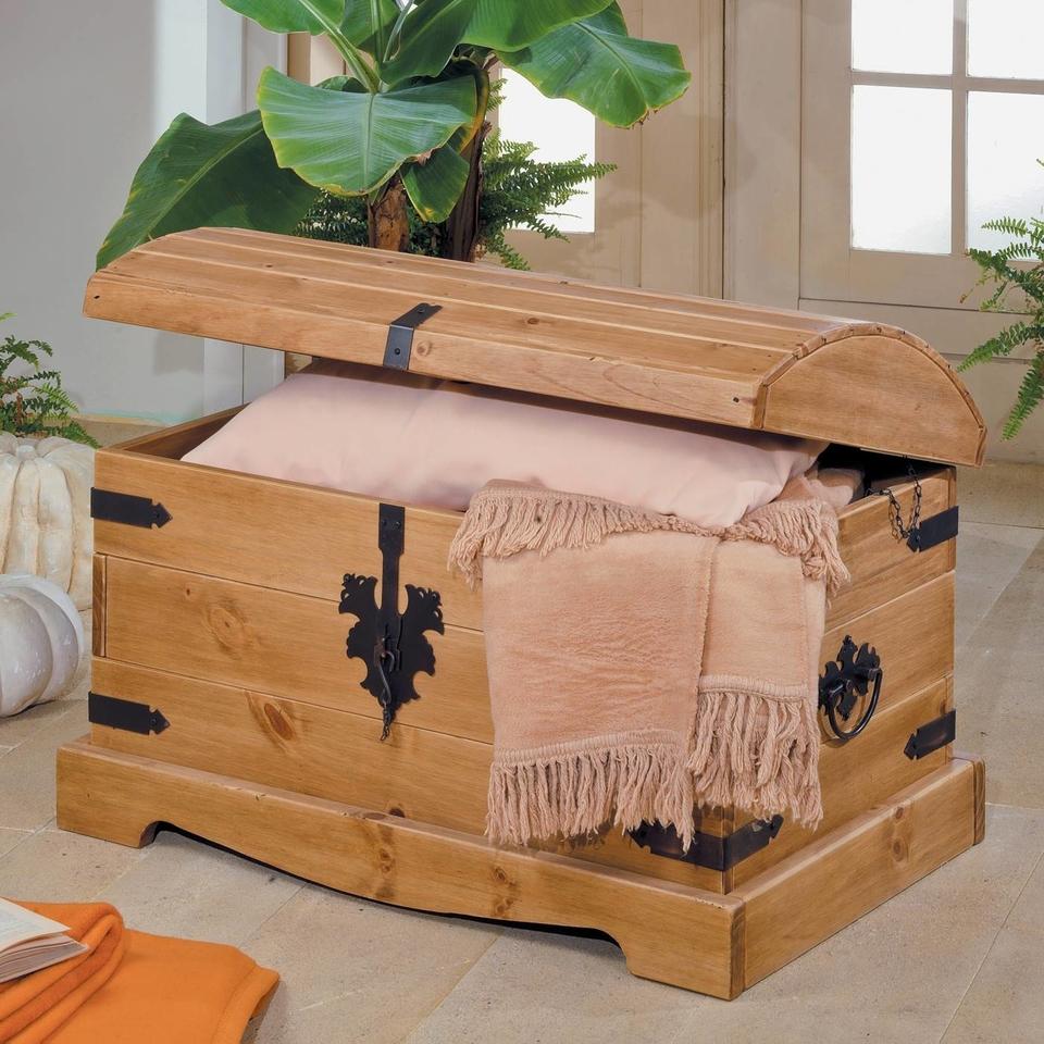truhe mit rundem deckel runddeckeltruhe von henke g nstig bestellen skanm bler. Black Bedroom Furniture Sets. Home Design Ideas