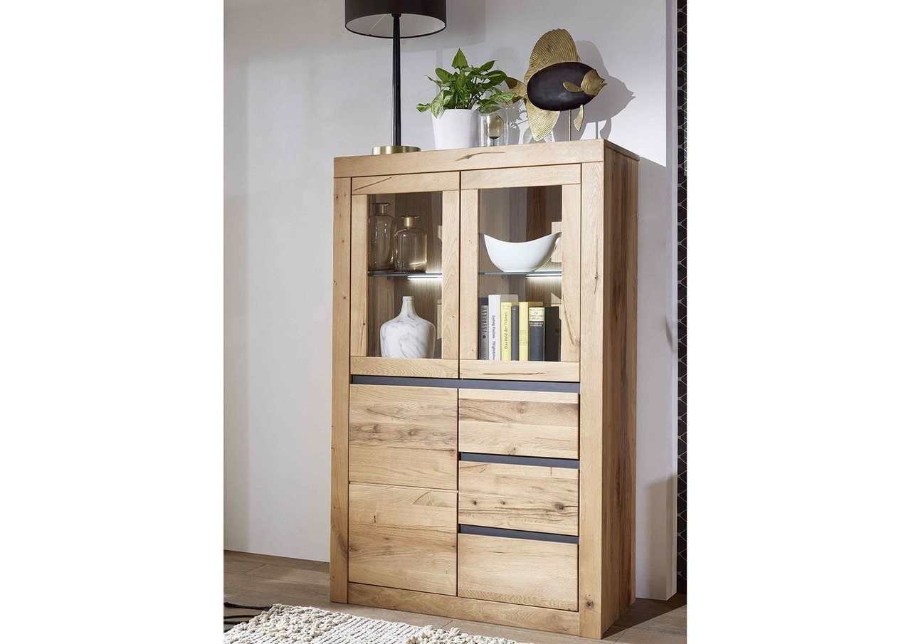Highboard I Kristiansand aus massiver Wildeiche